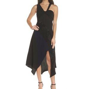 Harlyn Black Blue Floral Sleeveless Midi Dress